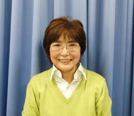 佐竹真弓講師の写真